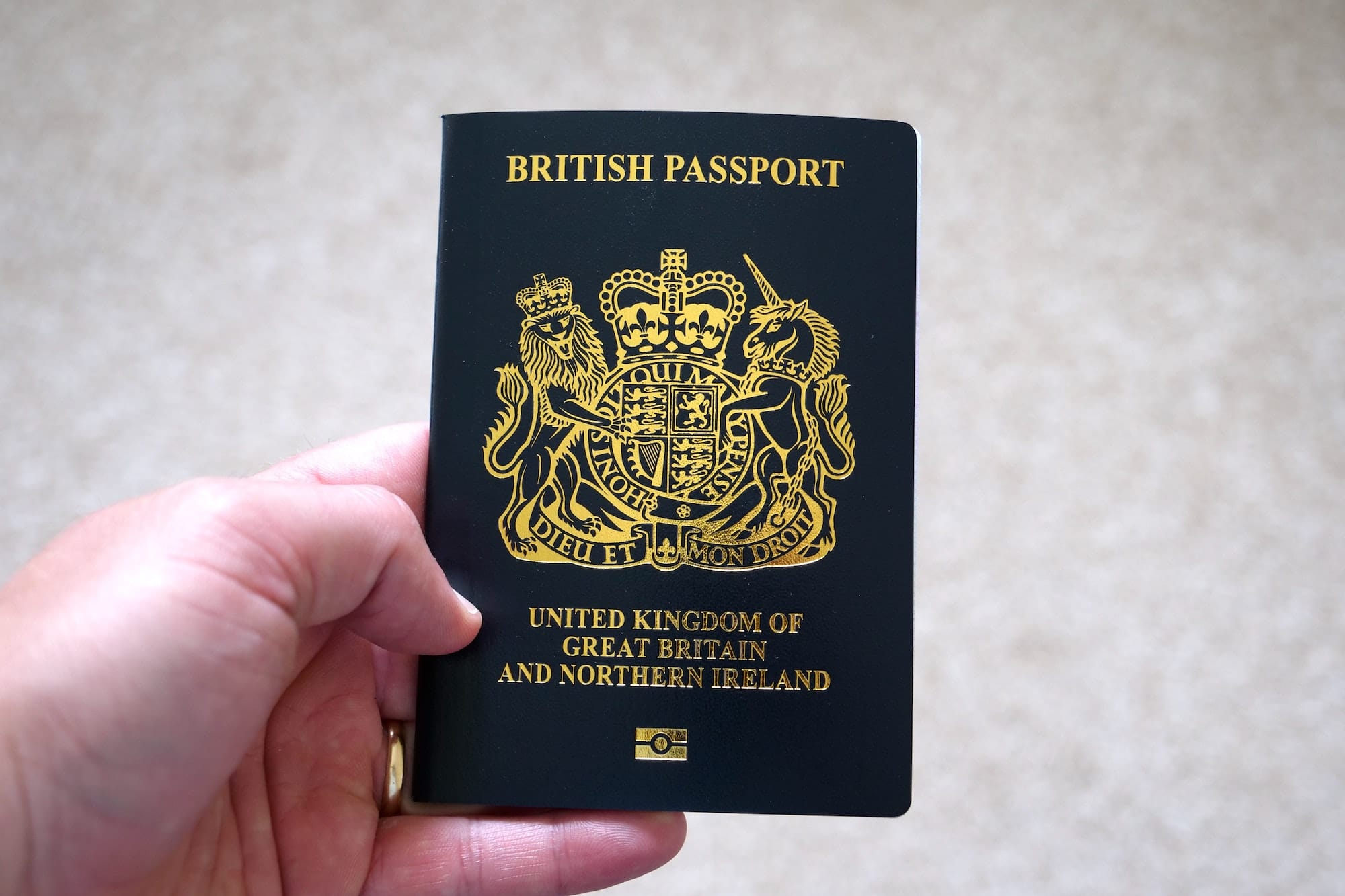 renew-uk-passport-online